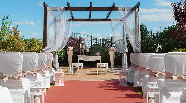 Vista montaje boda civil en Jardín