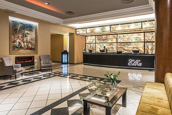 Entrada lobby hotel