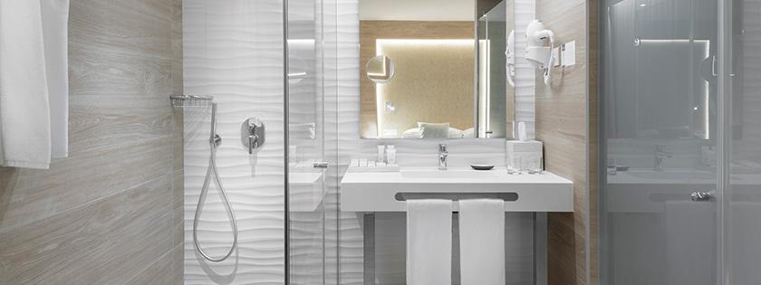 Baño Doble Confort Lemnos con balcón