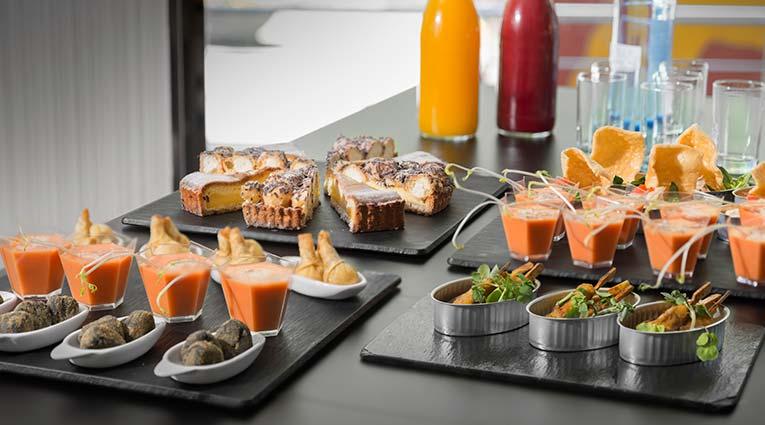 Variedad de platos buffet