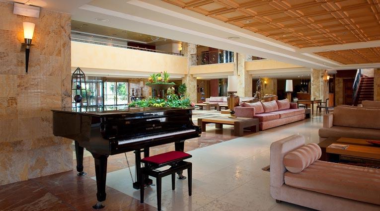 Hall Hotel Elba Estepona