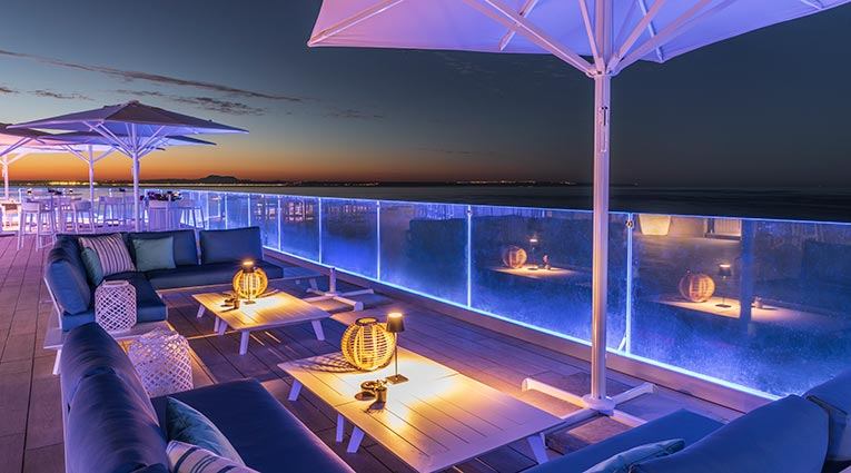 Atardecer Terraza Chillout Restaurante The Bow