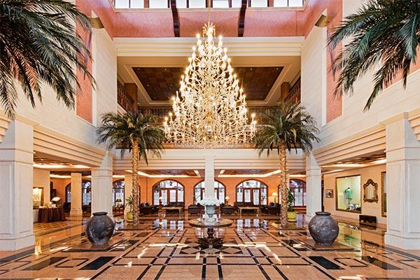 Vista entrada lobby del hotel