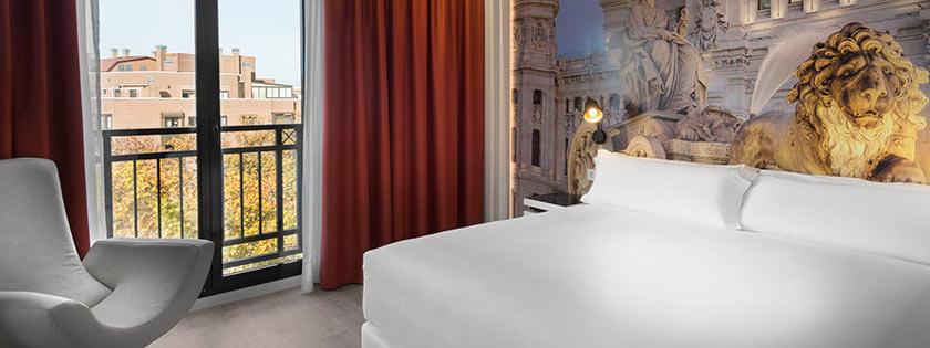 Escritorio Suite Confort Hotel Elba Madrid Alcalá