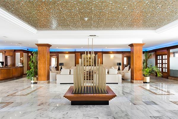 Lobby Hotel Elba Motril