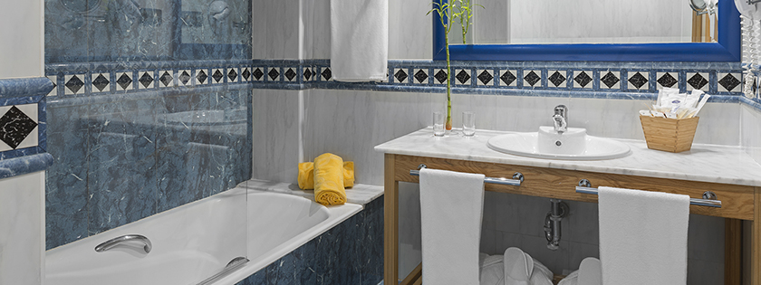 Baño habitación doble Prestige Elba Sara