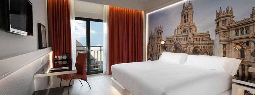 Baño habitación triple Hotel Elba Madrid Alcalá