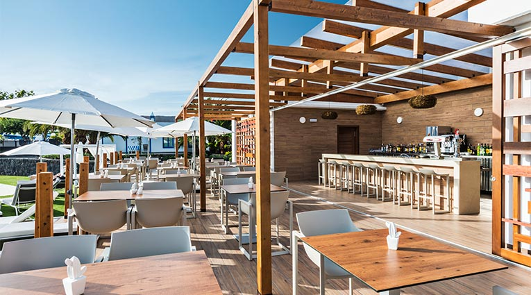 Pool Bar & Restaurant Los Jameos