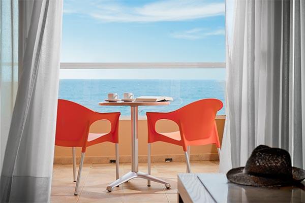 Terraza con vista al mar habitación