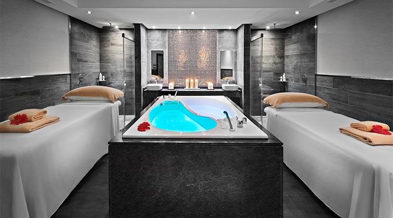 Doble Treatment Room