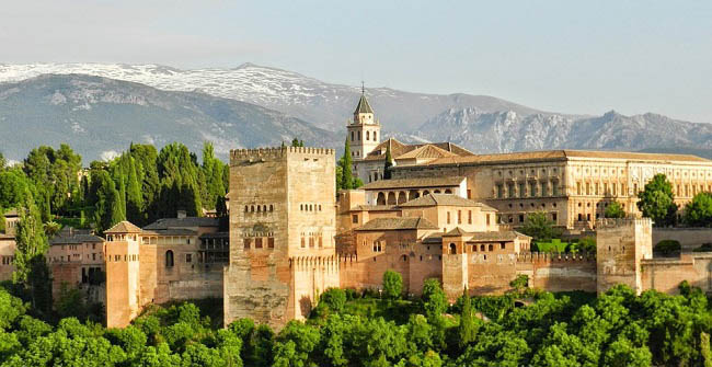 Five plans for an autumnal getaway to Granada