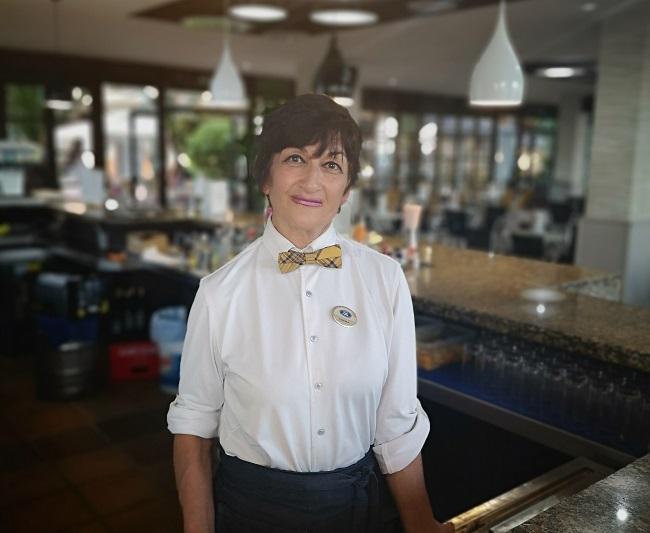 Meet Emma González, waitress at Elba Hotels