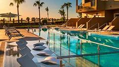 Zona de relax en la piscina Swin Up