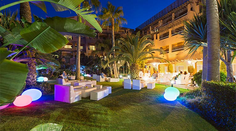 Área chill-out Hotel Elba Estepona