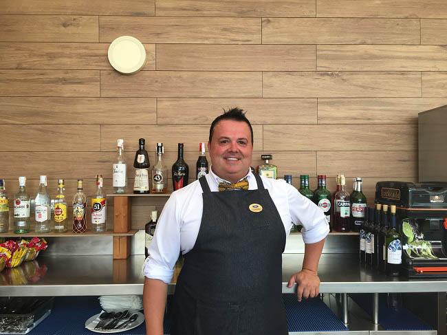 Meet Jesús Merino, Chuss, waiter at Elba Hotels
