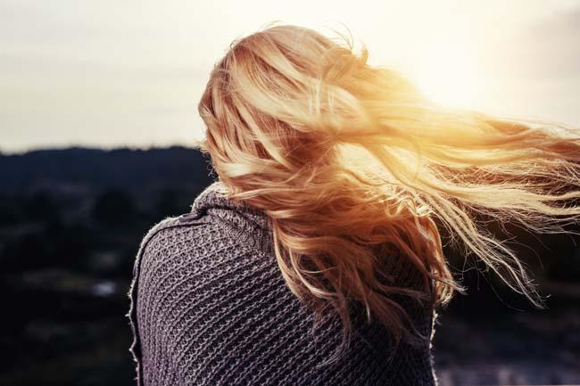 Trucos para reparar el cabello después del verano