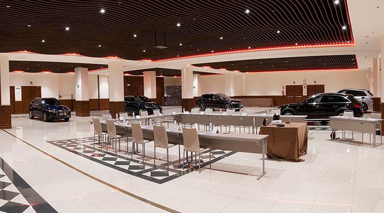 Hotel Elba Madrid gran salón para presentaciones de Coches