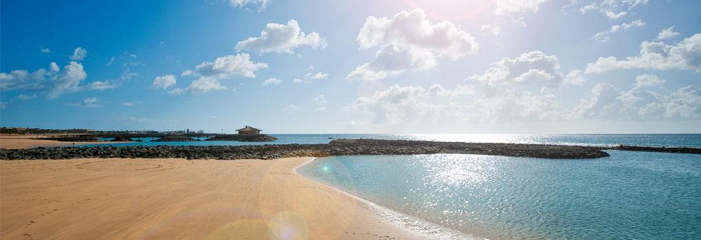 Vista de la playa en la isla de Fuerteventura