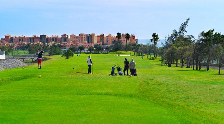 Campo golf vista al hotel Elba Sara