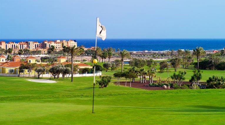 Hoyo golf Elba Sara