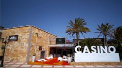 Entrada al Gran Casino de Antigua Fuerteventura