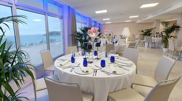 Montaje de mesa para bodas en el Elba Sunset Mallorca