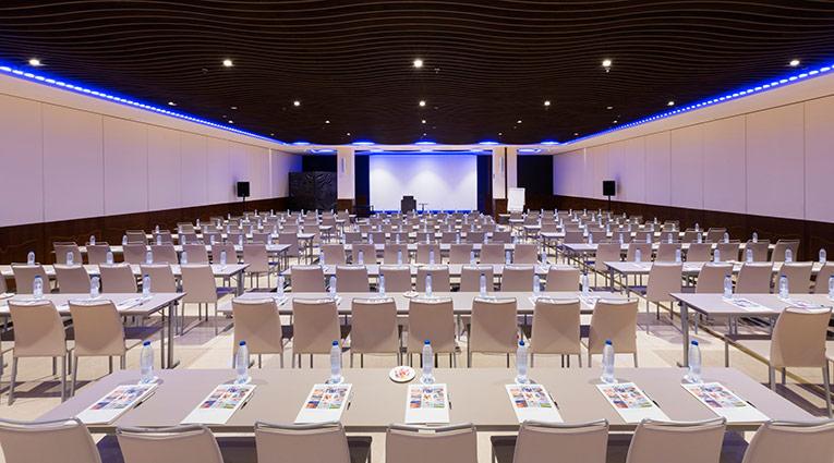 Salón Neptuno Escuela 154 participantes Hotel Elba Madrid Alcalá