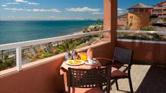 Terraza de la habitación Hotel Elba Estepona