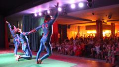 Espectáculo circense en la sala Sinatra