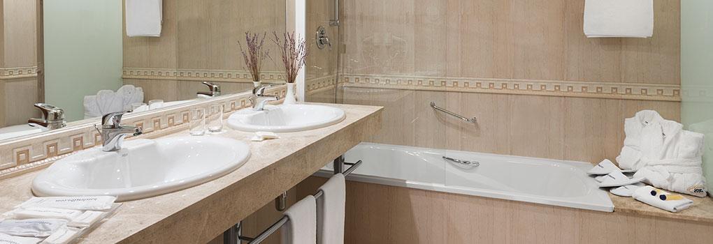 Baño habitación Elba Vecindario