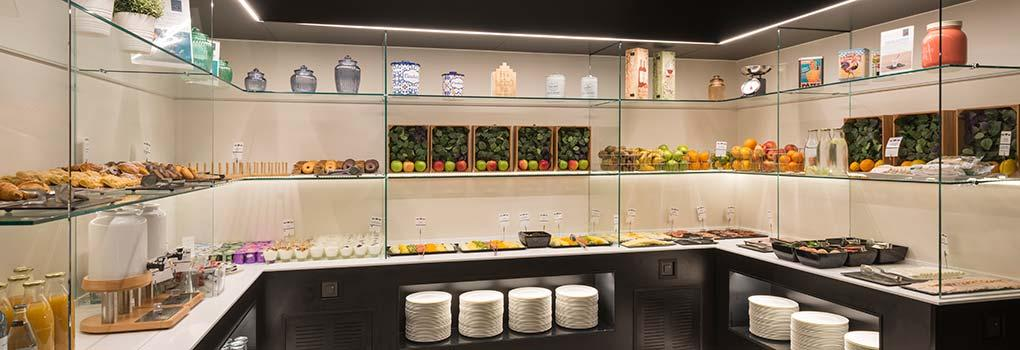 Buffet desayuno hotel Elba Madrid