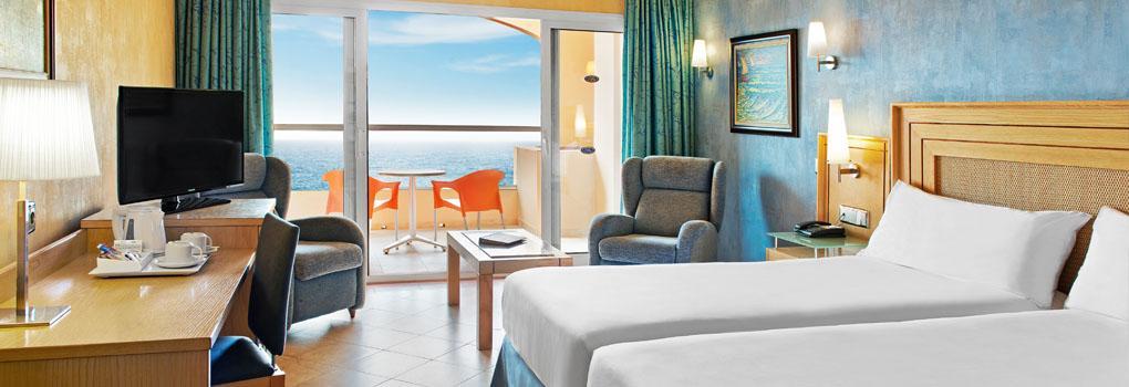 Habitación doble con terraza vistas al mar