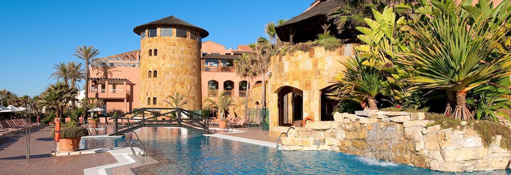piscina exterior del Hotel Elba Estepona