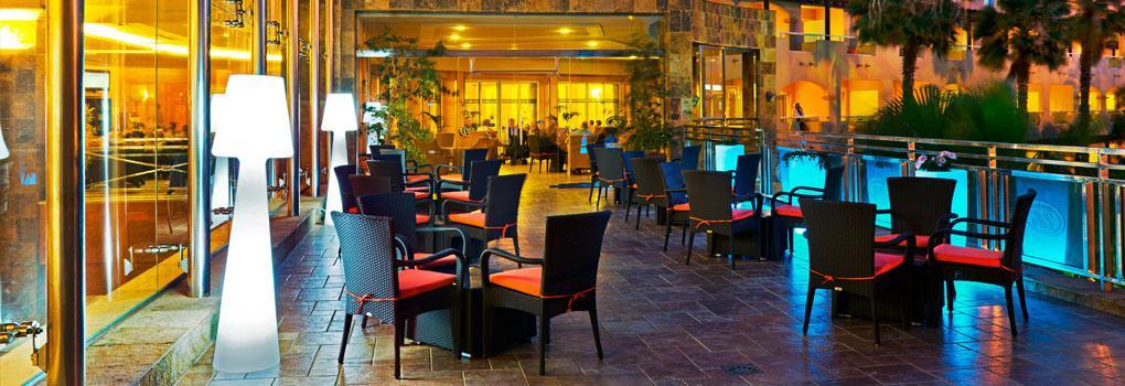 Terraza bar hall de recepción