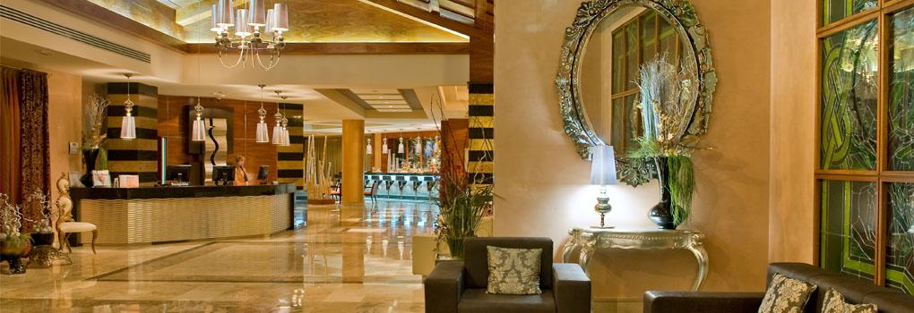 The lobby of the hotel Elba Costa Ballena