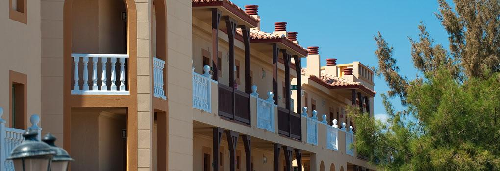 Looking up at the balconies in the Elba Lucía