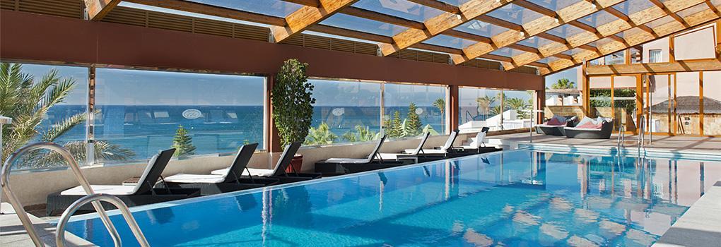 Piscina cubierta | Hotel Elba Estepona