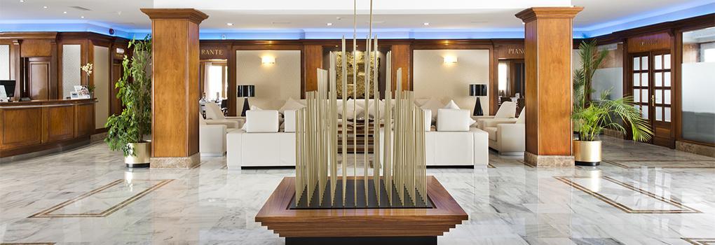 Recepción Hotel Elba Motril
