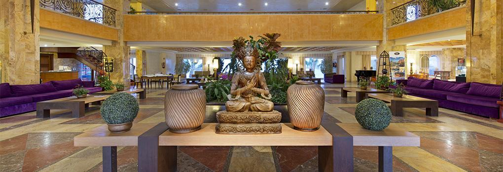 Recepción del Hotel Elba Estepona Thalasso Spa