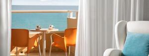 Terrace Prestige double room Elba Sara