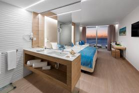 Baño Habitación Familiar Superior Hotel Elba Madrid Alcalá