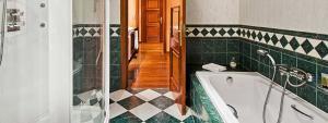 Cuarto de baño Suite en Elba Palace Golf