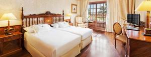 Espaciosa habitación doble Deluxe en Elba Palace Golf