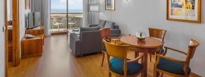 Sala de estar Suite Hotel Elba Vecindario