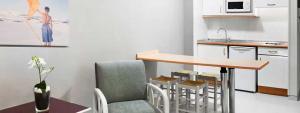 Salón + cocina para estancia confortable