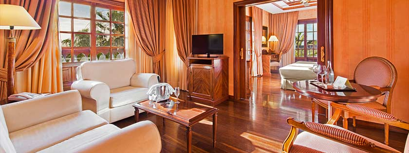Lujosa Suite vista Golf en Elba Palace Golf