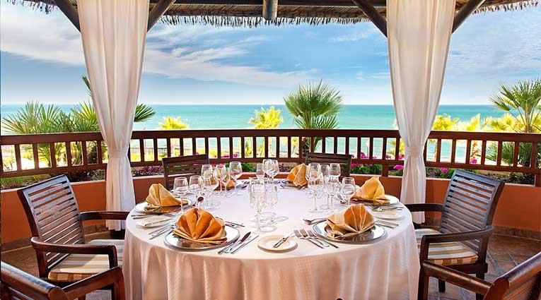 Terraza del Restaurante con vistas al mar