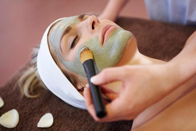 Tratamientos de verano para que tu piel esté radiante